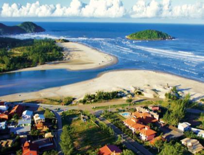 Praia da Rosa - 8 Días · Terrestres