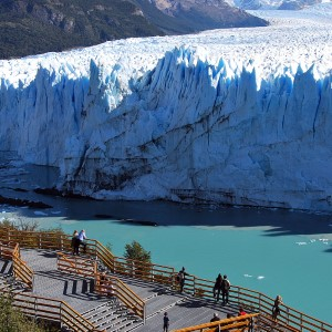De Las Cataratas Al Glaciar (Economy Class)